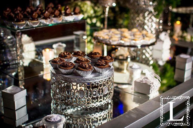 Antique Silver Moroccan Dessert Stand created by Opulent Treasures! Renta y Montaje de mobiliario para tus eventos 9818210528 SHOWROOM  P R O X I M A M E N T E