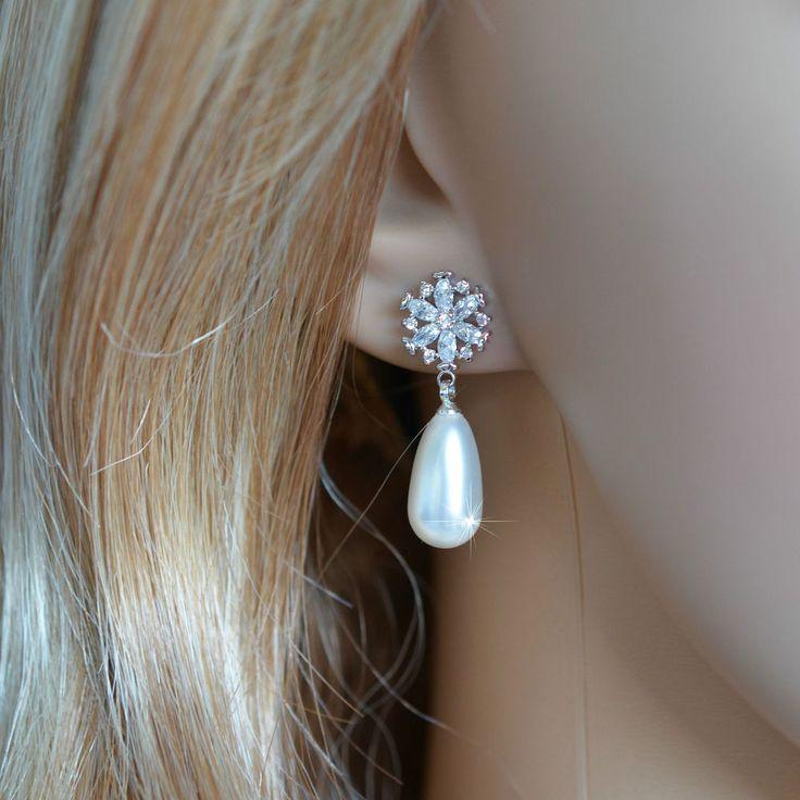 Cubic Zirconia CZ &  Pearl Snowflake Bridal Dangle Earrings (Pearl-533) #Unbranded