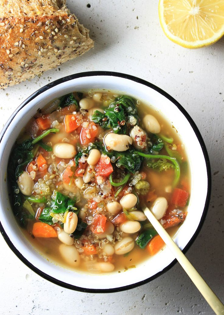 KALE, QUINOA & WHITE BEAN SOUP - THE SIMPLE VEGANISTA