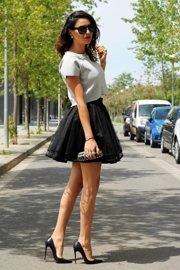 32 best images about Black ruffle skirt on Pinterest | Skirts ...