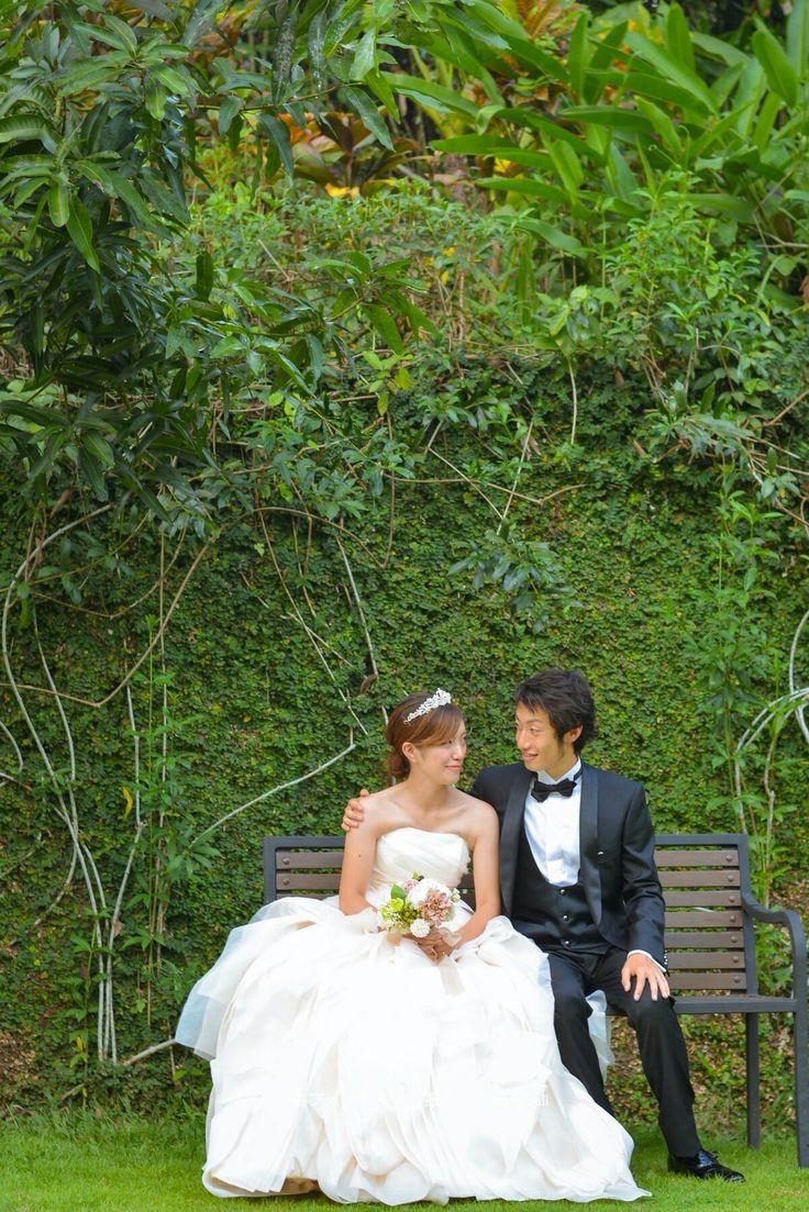 Prewedding Photography in Maya Ubud.  マヤウブドリゾートでフォトツアー。緑に覆われた壁が素敵なベンチに座って😆  #マヤウブド #ウブド #バリ#バリ島#バリ旅行#フォトツアー#バリフォトツアー #前撮り#後撮り#プレ花嫁 #2017花嫁#2017夏婚 #2017春婚 #結婚準備#ubud #mayaubud #indonesia #blessbali#bali#weddingphotography #preweddingbali#발리#발리허니문#웨딩사진#웨딩스냅#웨딩촬영