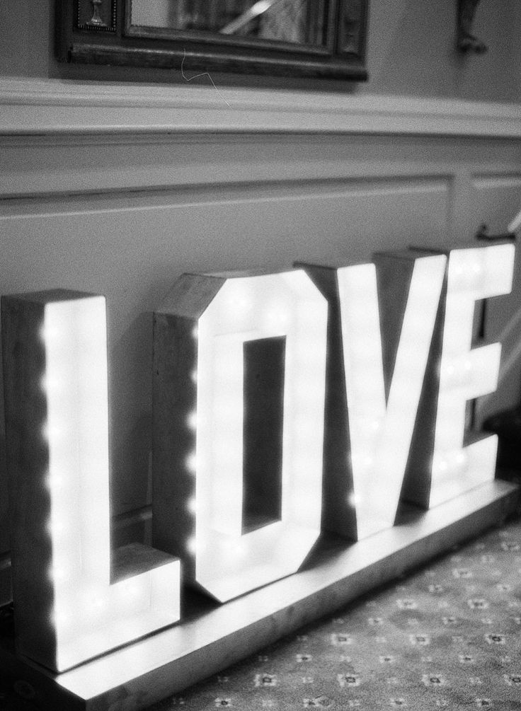 Giant lighted LOVE wedding sign