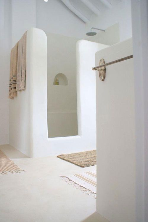 Bathroom inspiration / white washed