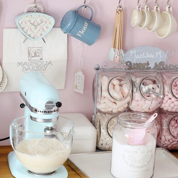 aqua+kitchenaid+and+greengate+dk+clock A Retro Pastel Kitchen and Baking Dream