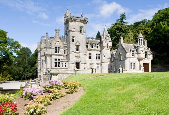Kinnettles Castle | Forfar Angus Dundee Scotland: Clarenco