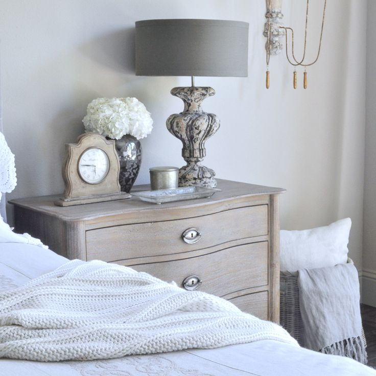 lamps for bedroom nightstands best 25 nightstand lamp ideas on bedroom 15768