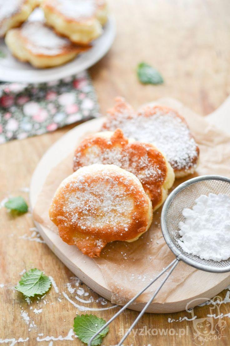 Racuchy drożdżowe jak '' pączki ''        Składniki :     500g maki,  0,5l ciepłego mleka,  7g drożdży instant,  3 łyżki cukru,  jajko,  ol...