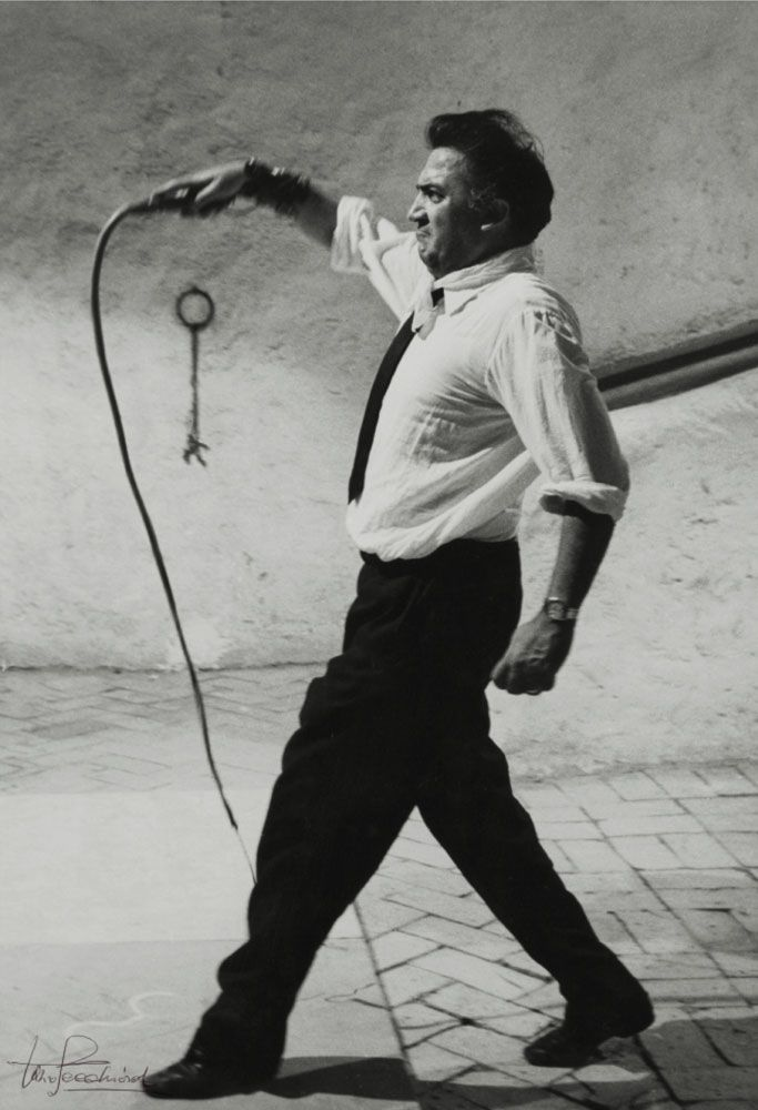 Federico Fellini - Ah, that's how you direct a film