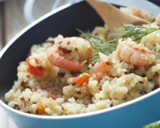Quinoa aux crevettes et safran : http://www.fourchette-et-bikini.fr/recettes/recettes-minceur/quinoa-aux-crevettes-et-safran.html