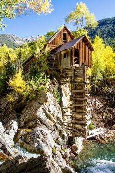 Crystal Mill, Colorado (70 pieces)