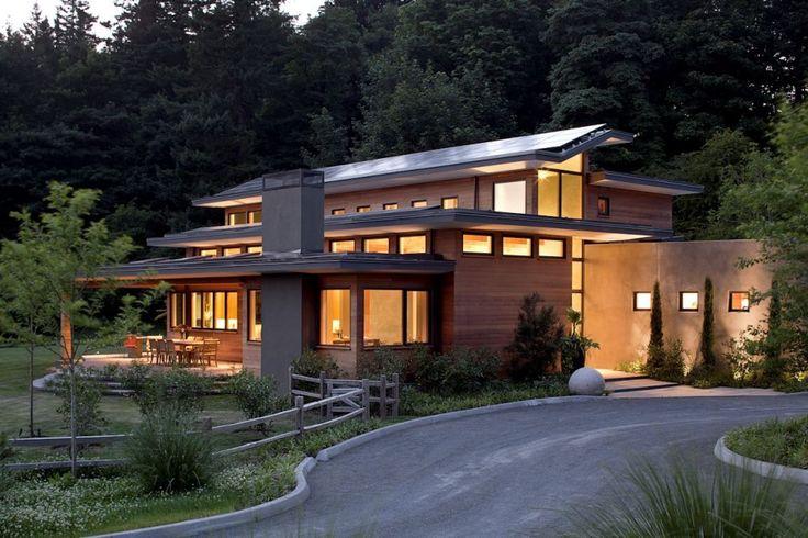 Imposing Zero-Energy Family House in Oregon, USA: Skyline Residence - Freshome