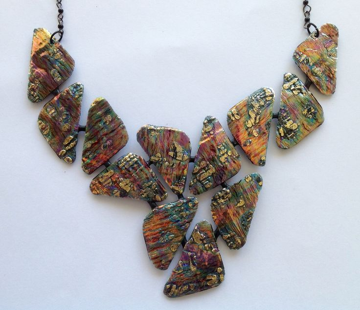 Halskæde. Necklace. Friendly plastic.