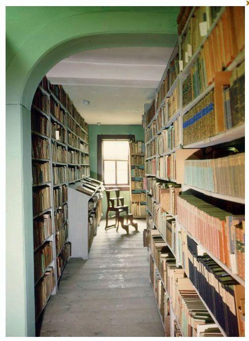 De Bibliotheek van Goethe in zijn huis aan het Frauenplan