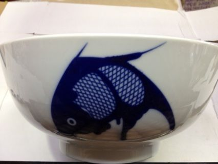 8 inch straight side fish pattern bowl. Microwave proof.