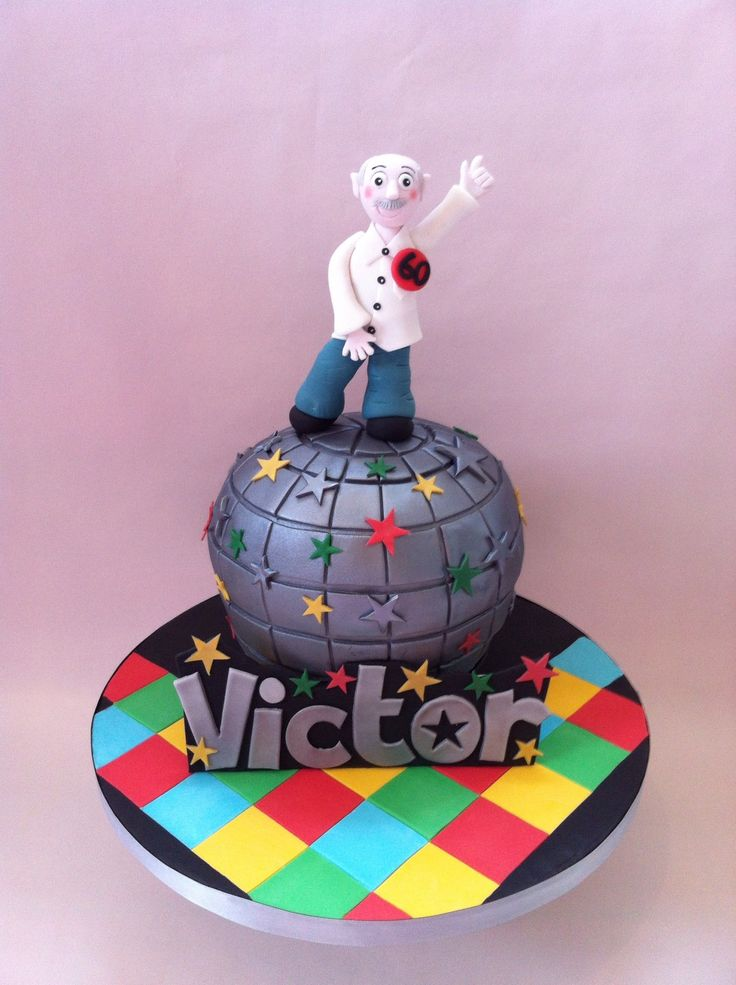 Cake Decorating Disco Ball : 17 Best images about Disco Ball Cakes on Pinterest Blue ...
