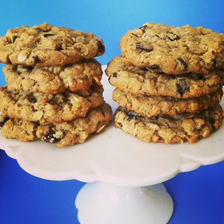 The Martha in Me: Peanut Butter and Oatmeal Chocolate Chipsters