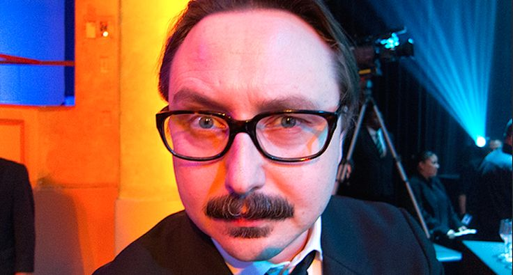 'Look the bullies in the eye today': John Hodgman unleashes defiant anti-Trump tweetstorm