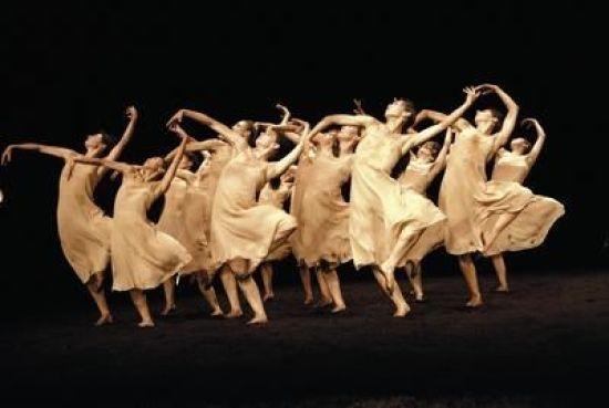 Pina Bausch, Frühlingsopfer, The Rite of Spring, Stravinsky.