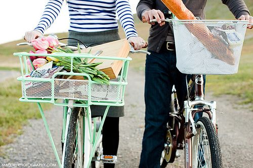 bike. and enjoy the small things.: Picture, Bicycles, Bike Rides, Lovely, Bike Baskets, Things, Photography, Picnic