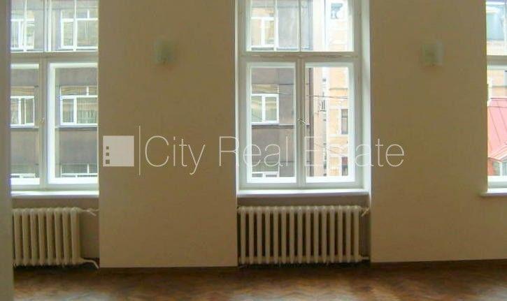 Apartment for rent in Riga, Riga center, 92 m2, 620.00 EUR