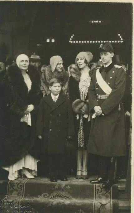 Queen Marie of Romania and Family.A♥W