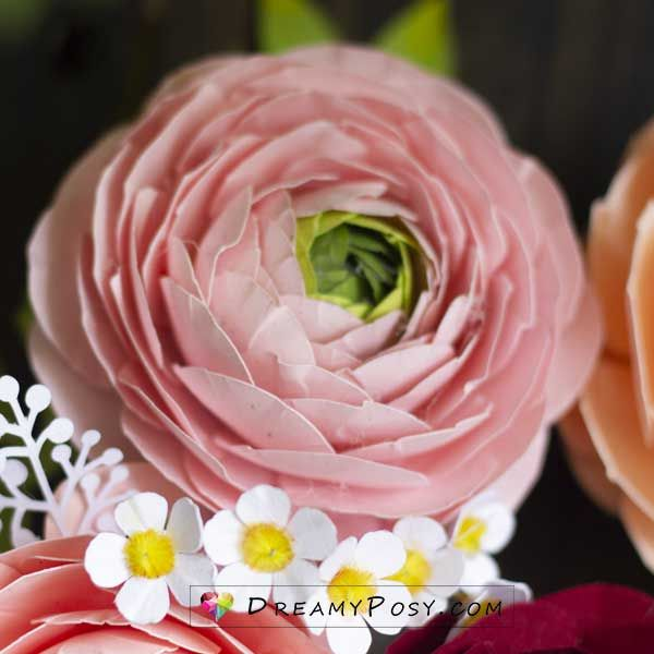 Cardstock Ranunculus Flower Step By Step Tutorial And Template In 2020 Paper Flowers Diy Paper Flowers Paper Flower Template