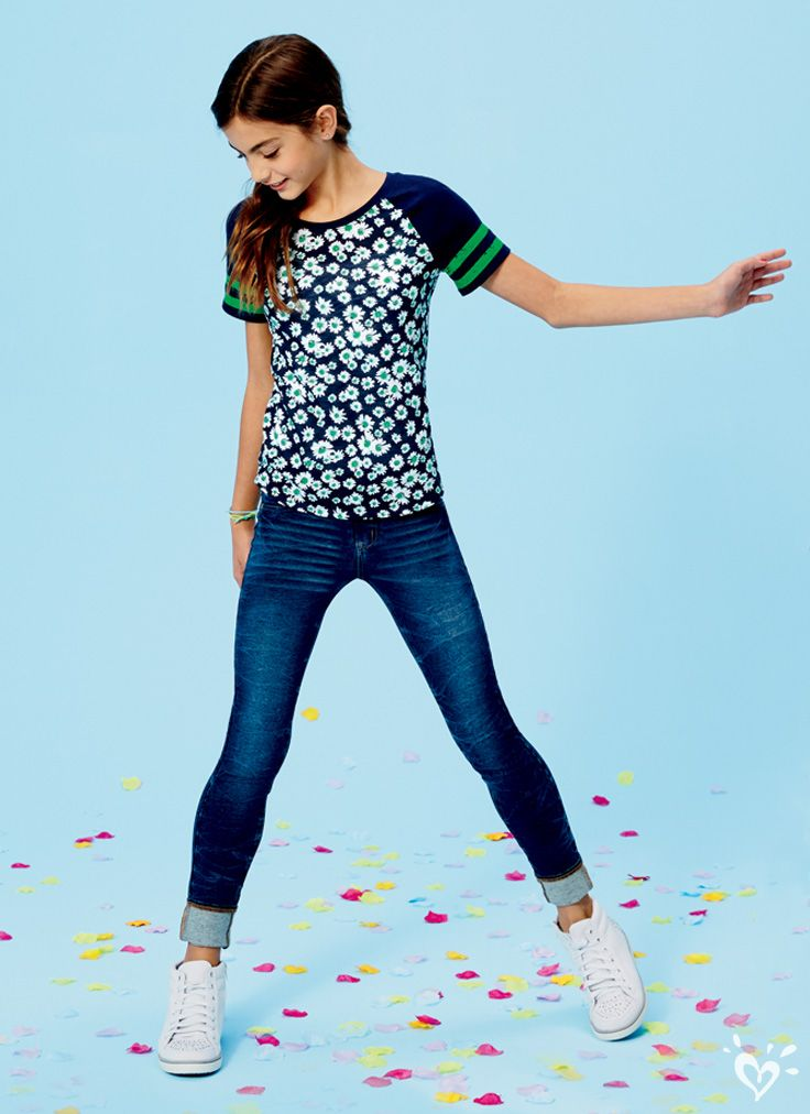 Our signature stretchy fabric in your favorite fit: jegging!