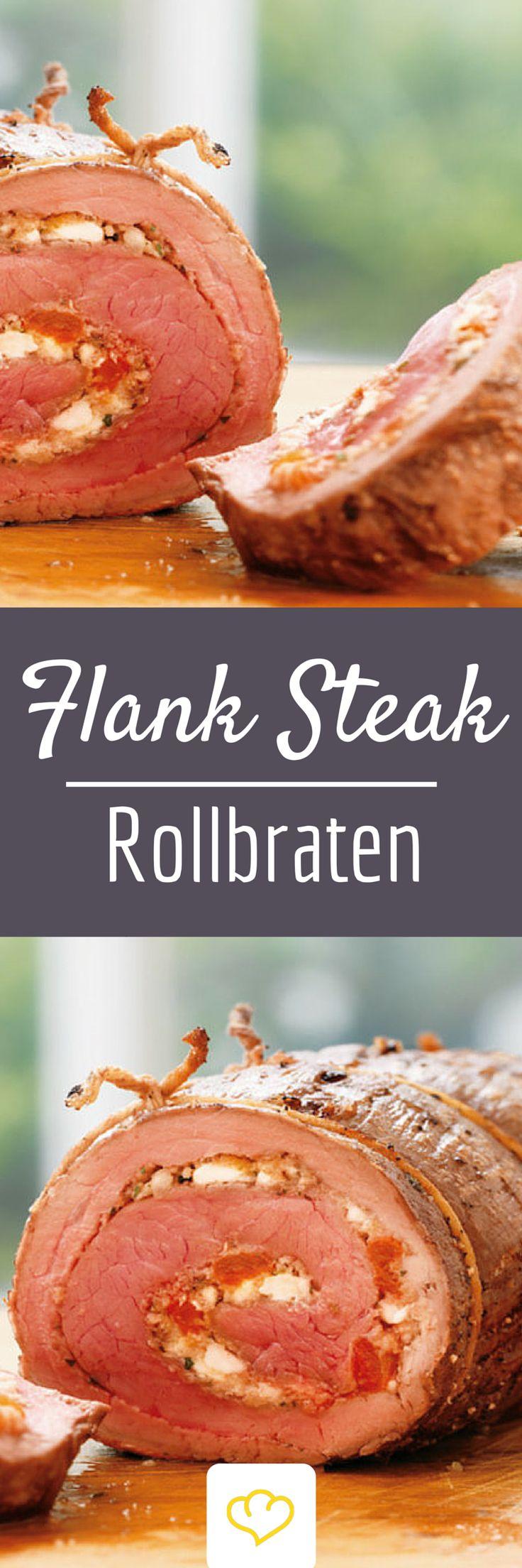 Schon einmal von Flank-Steak-Rollbraten gehört? Wir probieren sie! Was du brauchst? Flank-Steak, das einfach wie ein Buch aufschneiden, und für die leckere Füllung Feta zerkrümelt, Semmelbrösel, Paprika, Knoblauch, Petersilie, und Thymian!  Mit einer Gabel alles gründlich vermischen und die Steaks mit der Füllung eng einrollen! Mhh!