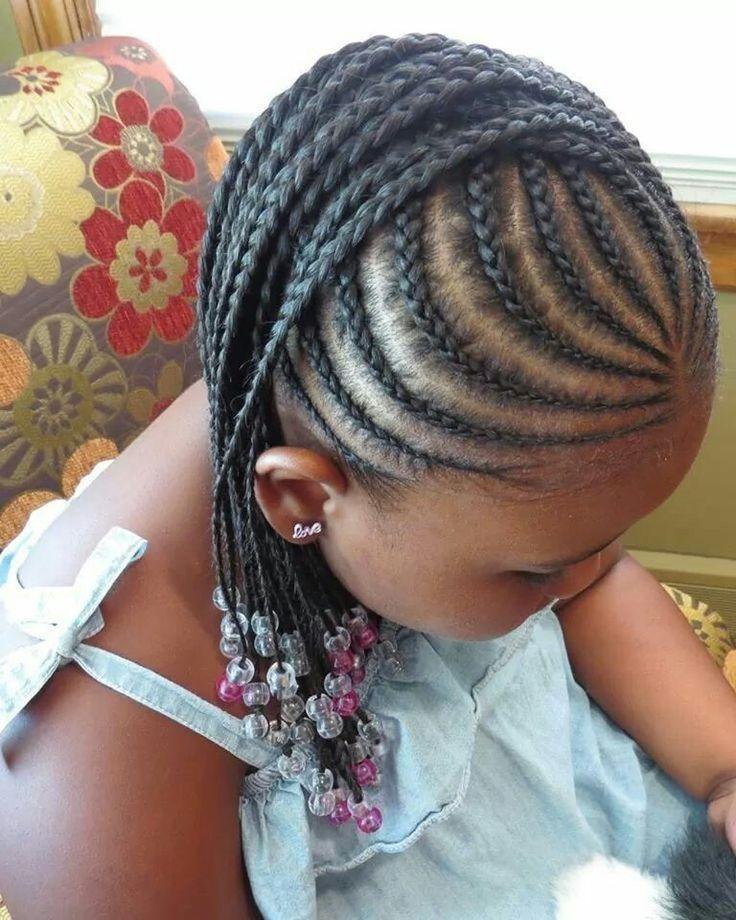 Idées de coiffure pour petite fille : Multi tresses africaines
