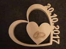 Herz mit Datum aus Holz