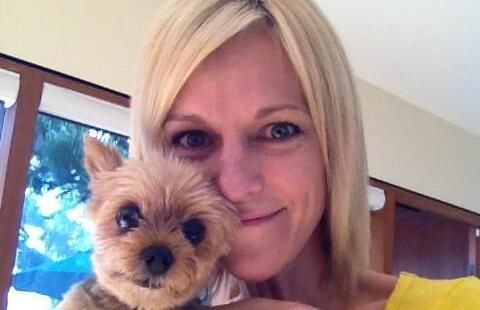 Actress Tricia OKelley has gotten her dog, Walter, back after his kidnapper apparently abandoned the dog on a street near OKelleys house. Whoever took the dog had demanded $1000 for his return.