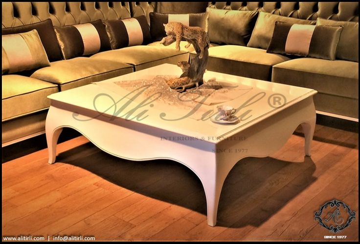 Laura orta sehpa...   Ali Tırlı İnteriors Furniture   +90 212 297 04 70 #alitirli #ortasehpa #burjkhalifa #versace #architecture #yemekodasitakimi #mimar #yemekmasasi #livingroomdecor #sandalye #home #istanbul #chair #persan #interiors #sehpa #bufe #furniture #basaksehir #florya #mobilya #perde #yesilkoy #bursa #kumas #azerbaijan #ayna #luxury #luxuryfurniture #interiorsdesign