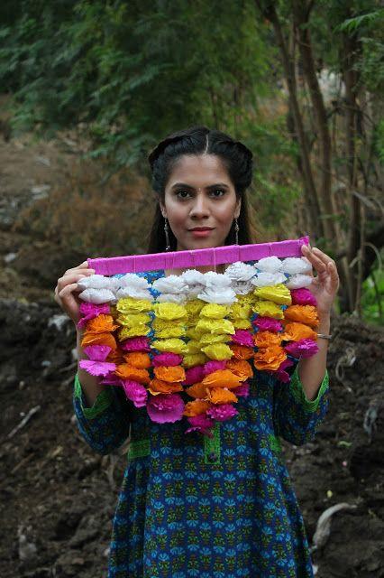 colorful diwali decor, diwali, diwali decor, DIY diwali decor, DIY floral toran, how to decorate hose for diwali, how to make toran, how to make floral toran at home, crafts, DIY floral garland, diwali floral garland, delhi blogger,