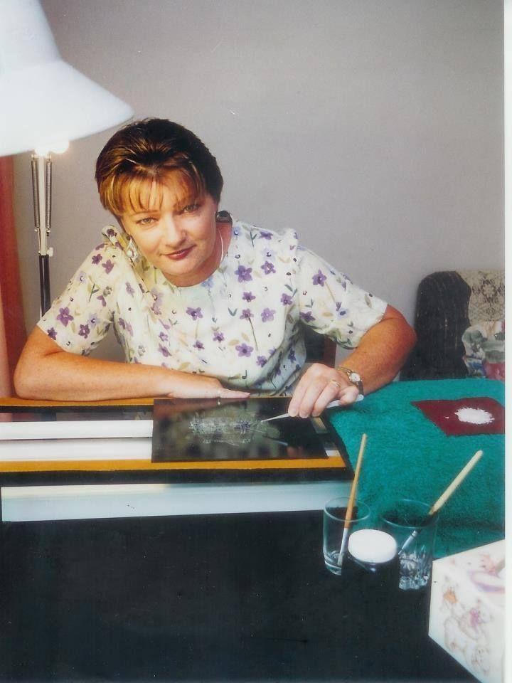 Jennifer Benaim Opal Mosaic Artist at work