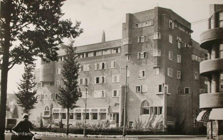 Huize Lydia waar de verpleegsters opleiding van het OLVG gevestigd was.