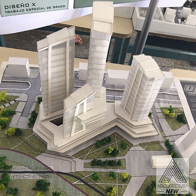 Instagram photo by arquitecturanew - Trabajo de grado / renovación urbana sabana grande 2017-20127 / tutor :Juan Manuel García / arquitecto : @yerlinrojas / #arquitecturanew