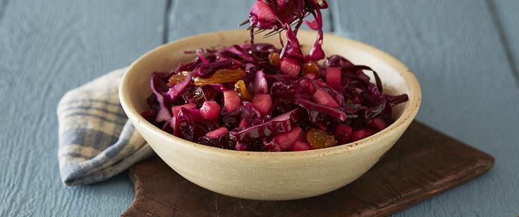 Rødkålsalat med rosiner og epler   FRUKT.no