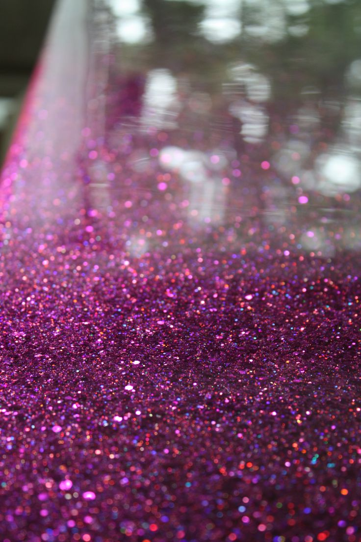 Glittered table tutorial