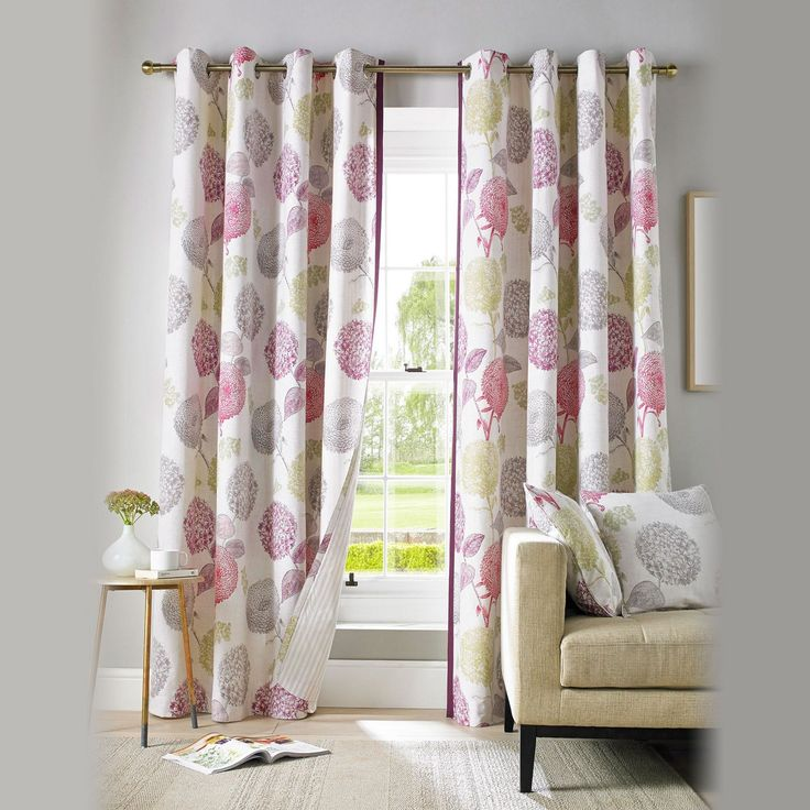 A fresh modern 100% cotton fabric. This stylish floral patterned eyelet heading curtain will compliment most living rooms, dining rooms or bedrooms. The natural and pink tones give a calming feel. It comes in nine sizes that fit the majority of standard UK windows. The widths range from 117cm (46