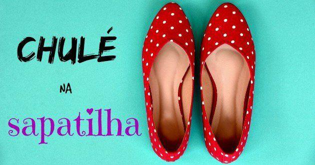 O chulé, conhecido também como bromidrose, é caracterizado pelo cheiro desagradável nos pés e pode t...