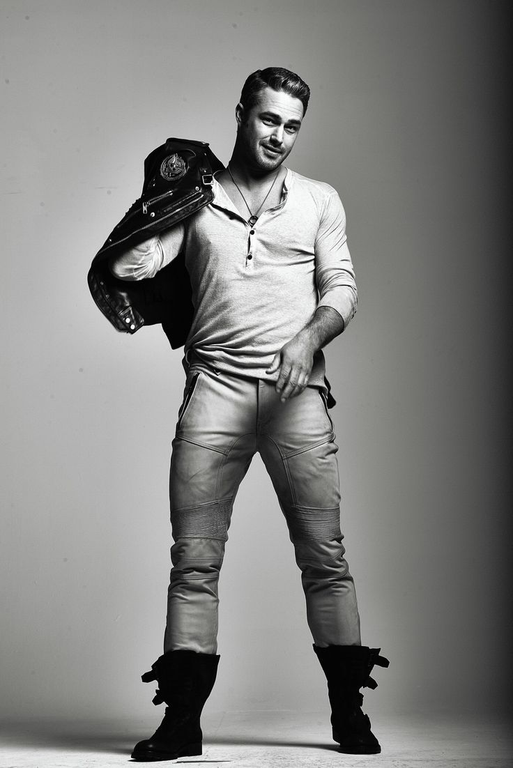 Chicago Tribute Magazine- Taylor Kinney Lord Have Mercy!!