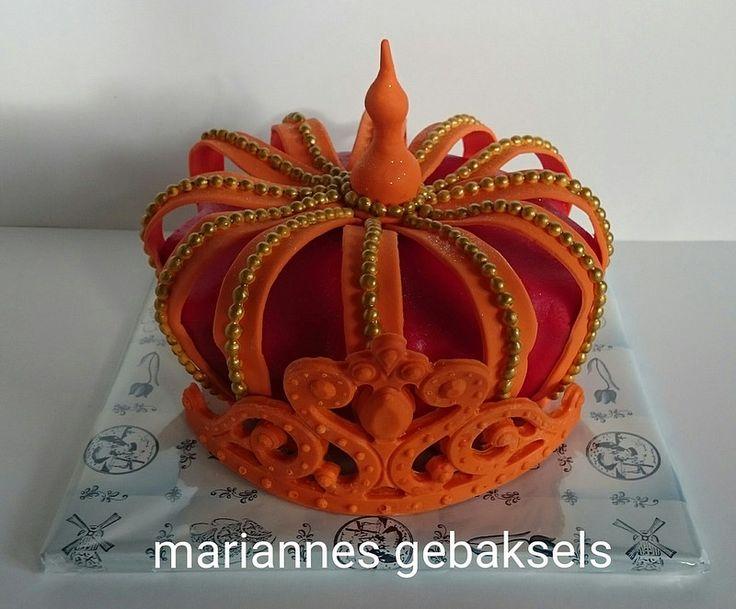 #kroon #taart #crown #cake #mariannesgebaksels | by mariannes gebaksels