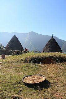 Lajur Pejalan: Mengenal Mbaru Niang, Bangunan Eksotis Kampung Waerebo