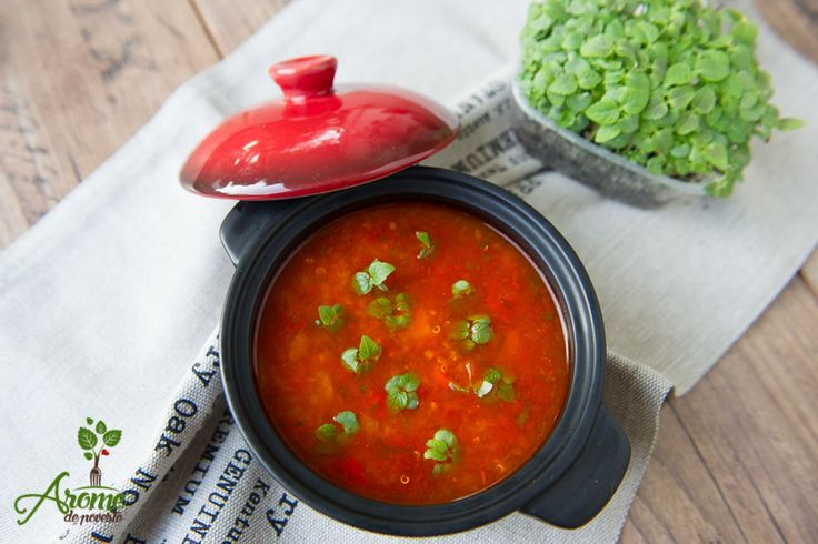 supa-de-rosii-cu-quinoa-si-busuioc
