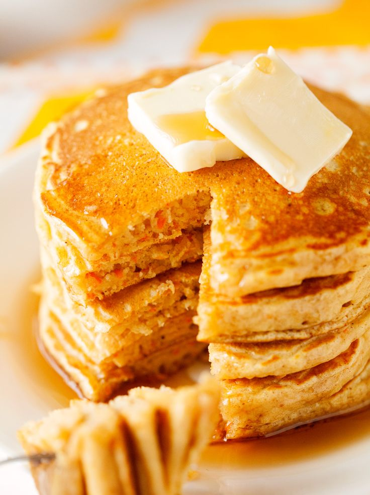 Carrot Cake Pancakes... these are so delicious and make for a fabulous fall breakfast!