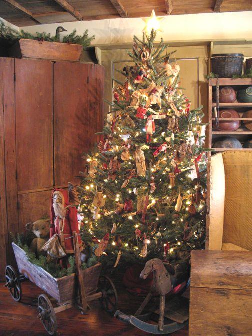 319 Best Primitive Christmas Matters Images On Pinterest  - Primitive Christmas Tree Ideas