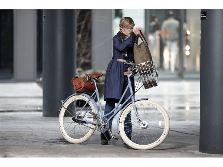 Two Wheels Good - Hamburg - BROOKS Camden Tote Bag