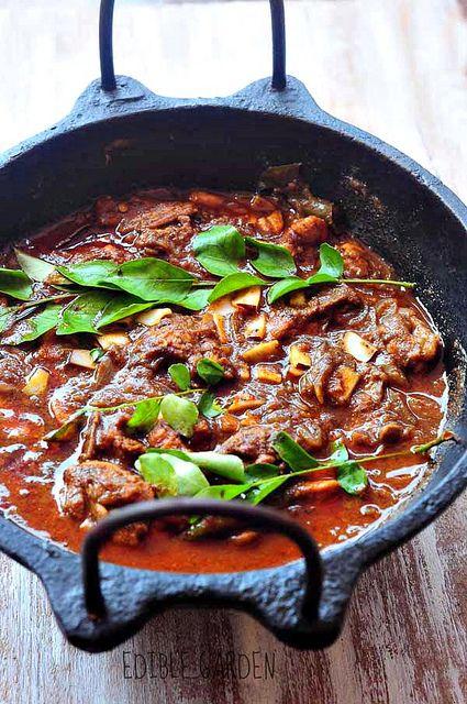 Kerala Chicken Curry Recipe - Nadan Kozhi Curry Recipe (No Coconut Milk)