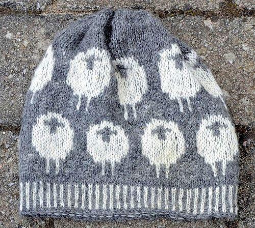 Ravelry: Beanie with lambs/Mössa med lamm pattern by Ann Linderhjelm-free pattern