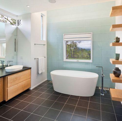Hay algunos puntos que debes tener en cuenta antes de escoger los azulejos de baño para tu casa: Para más información ingresa a: http://disenodebanos.com/azulejos-banos-baratos/